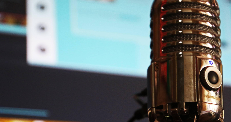 clayton-homes-media-dj-microphone
