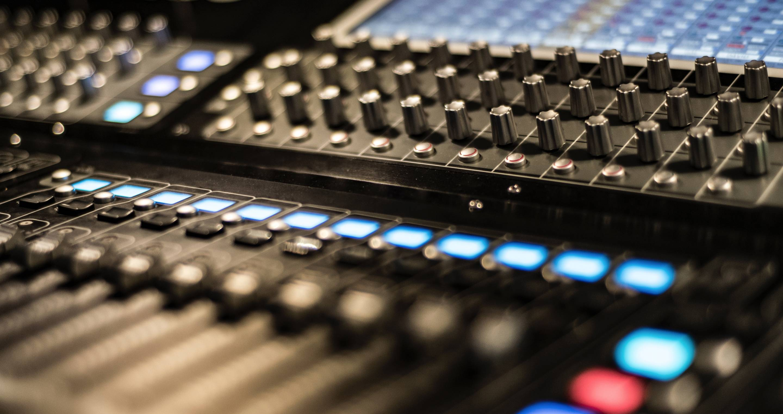 comcast-remote-soundboard