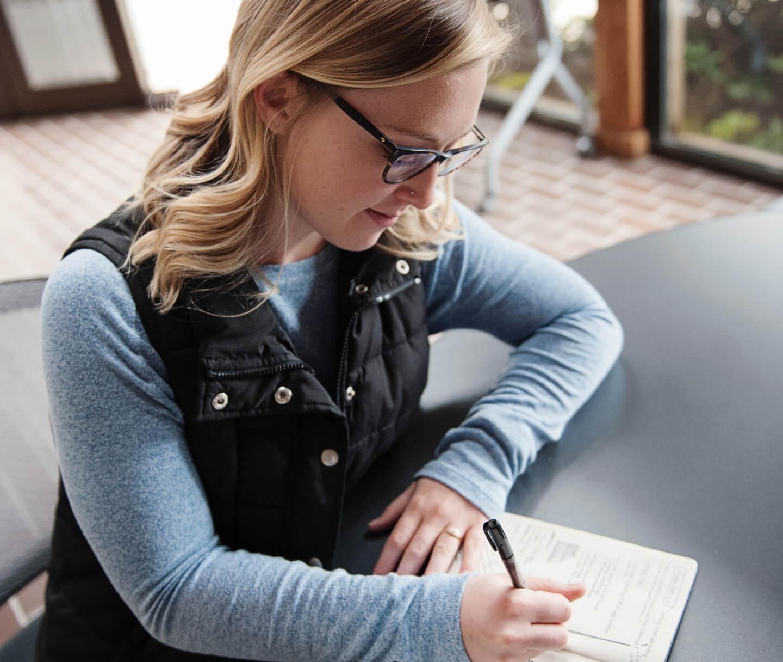 rachel-designer-sketching