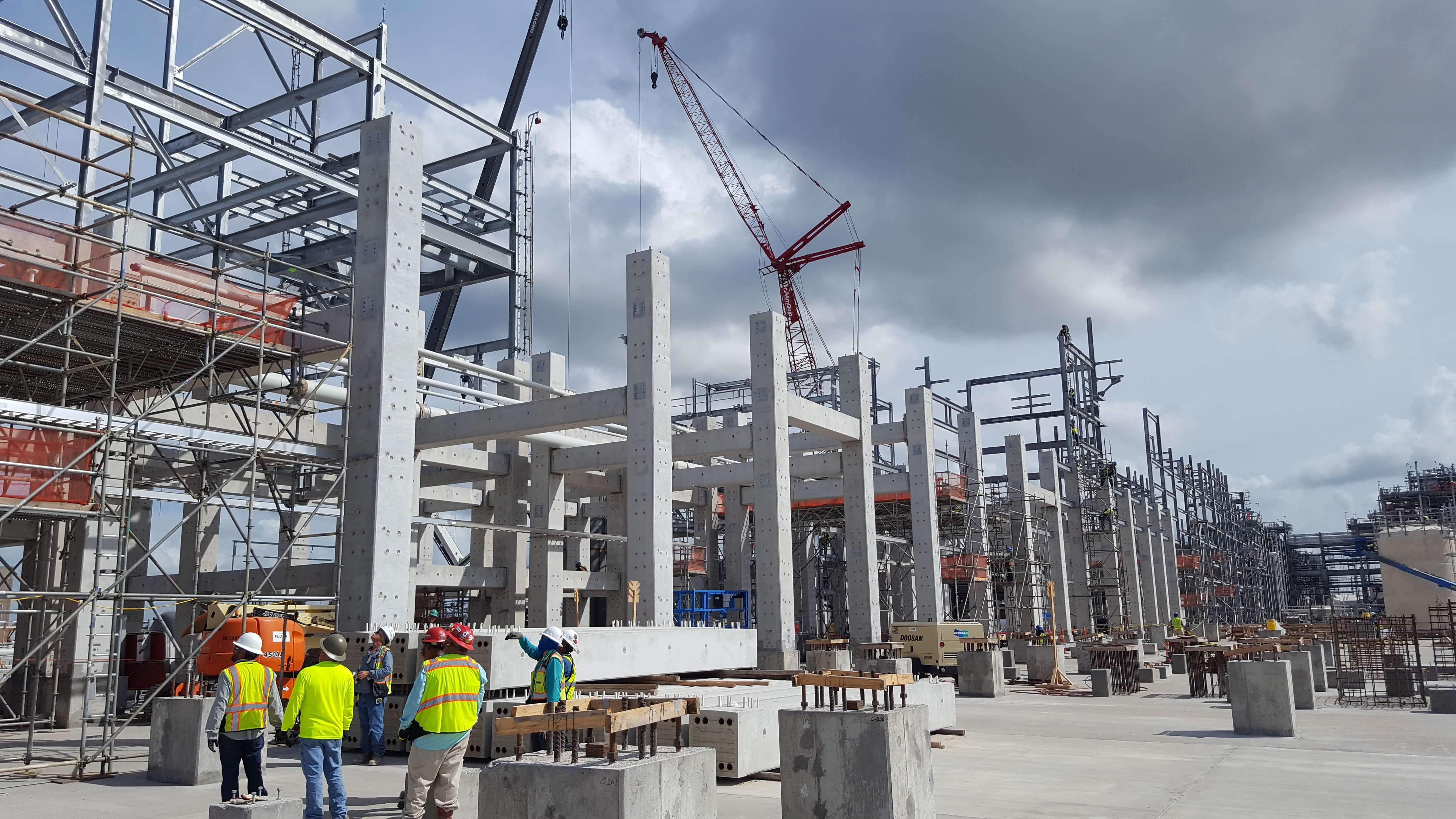 concrete-pillars-construction