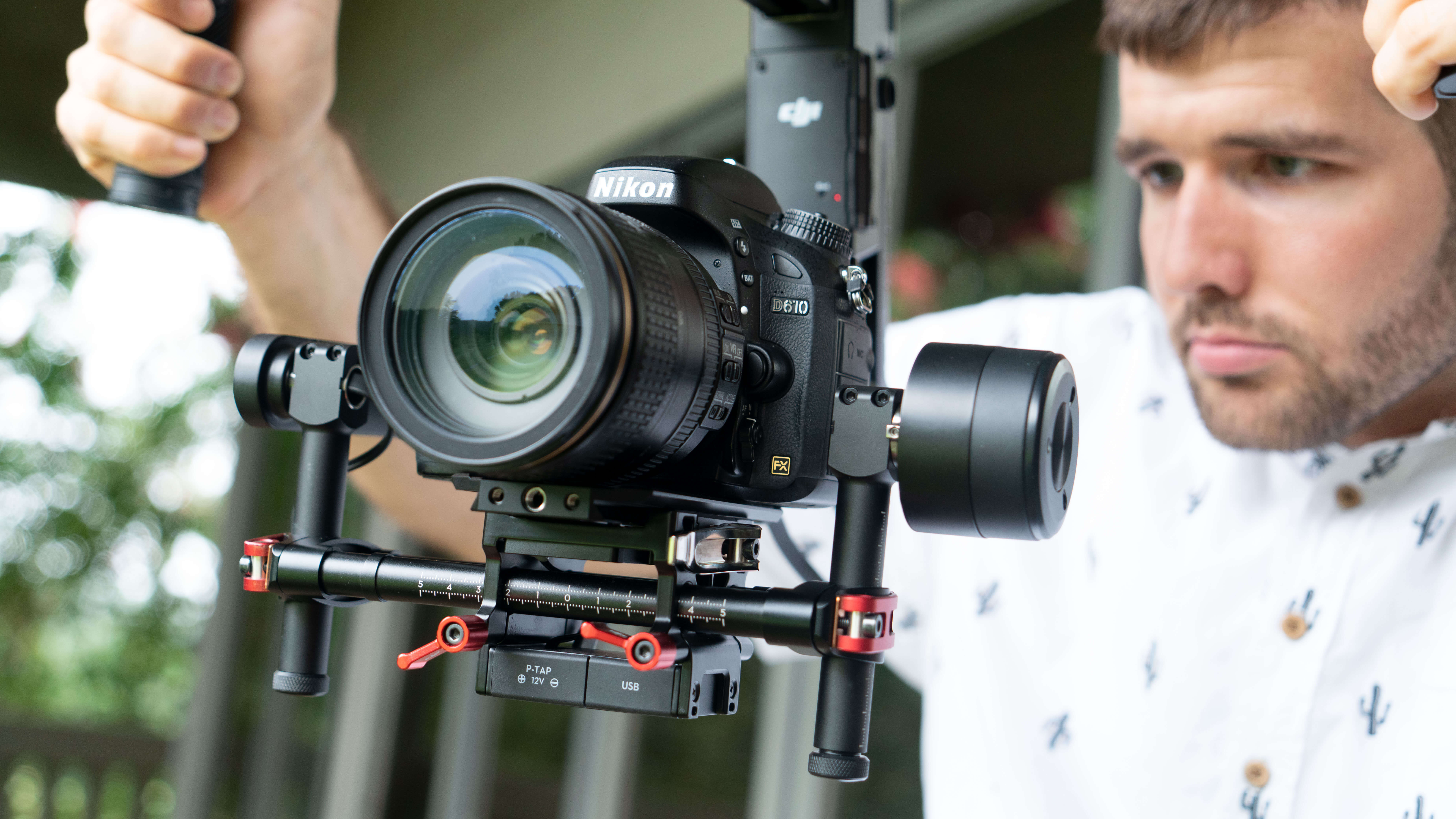 camera-videographer-working